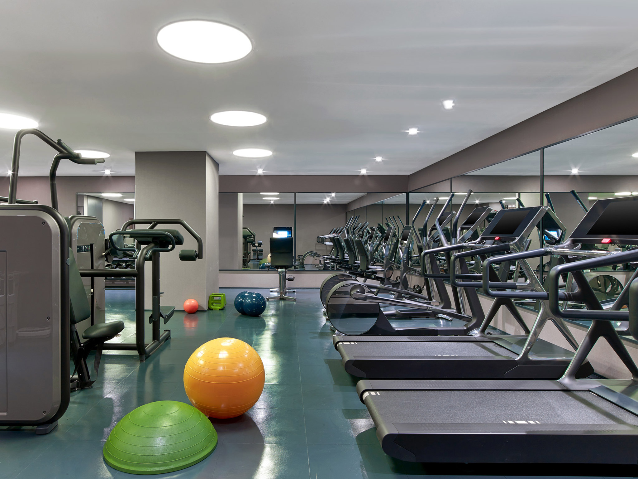 exercise room fitness center st regis istanbul